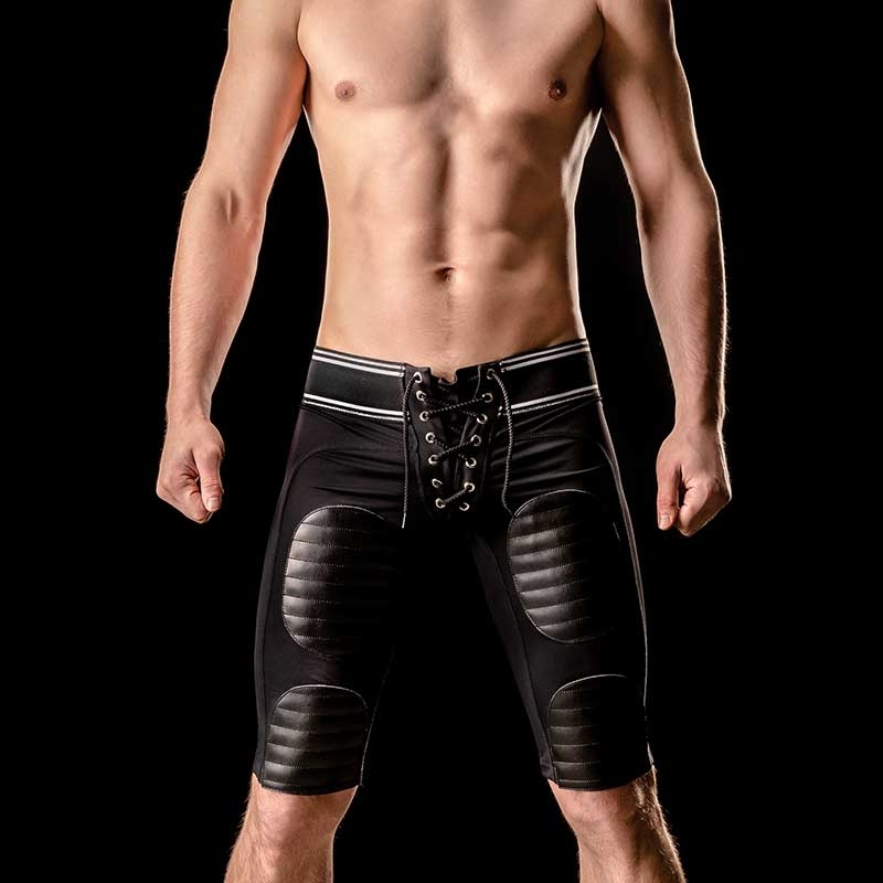 BARCODE Berlin SHORTS Player YANN dark gym 90717 American Football in schwarz
