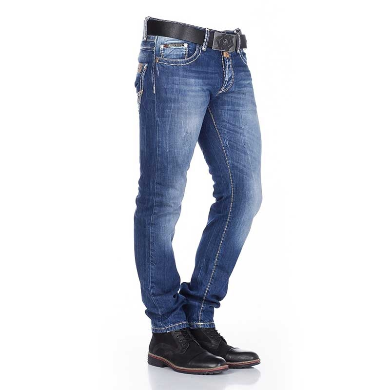 CIPO & BAXX Mainstream Blue Jeans für den aktiven Mann Slim Cut Design