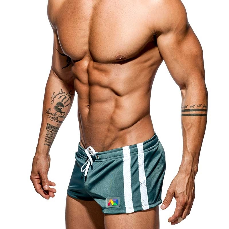 ADDICTED SHORTS pack it AD620 Regenbogen auf olive