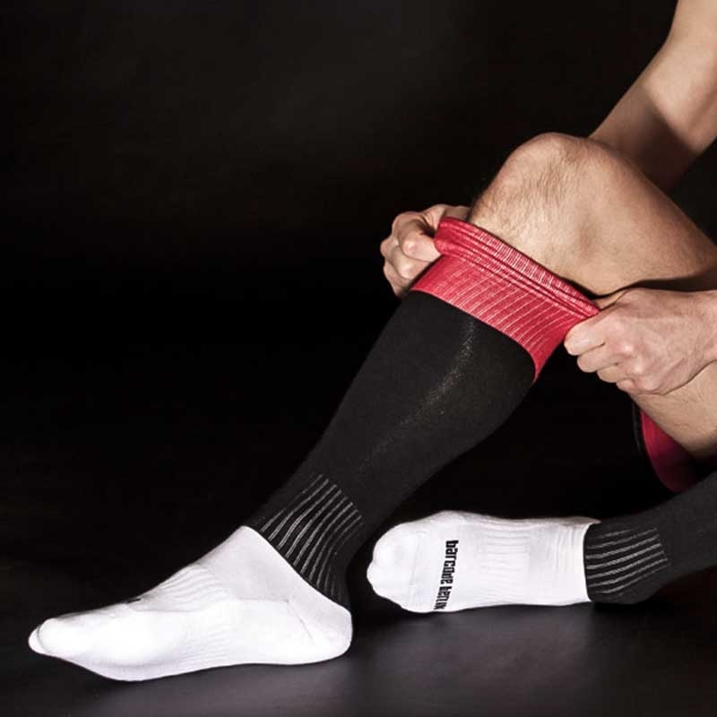 BARCODE Berlin KNIE STRUMPF city-socken black-red-white