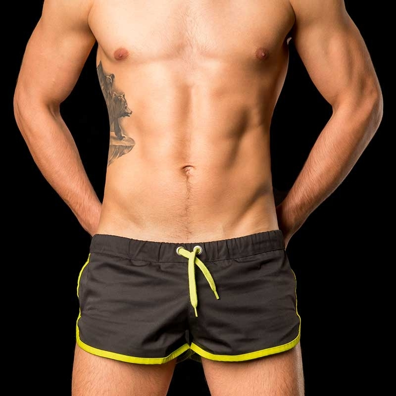 BARCODE Berlin SHORTS gym sprint neon 10090 black-green