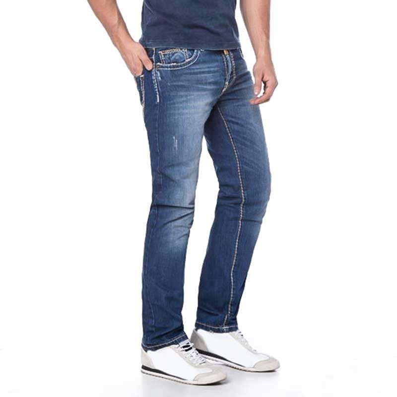 CIPO and BAXX JEANSHOSE Slim Fit C-688 classic look basic 5-Pocket bluejeans